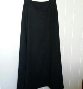 44 Германия Длинная черная юбка