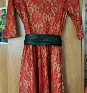Платье 44р!