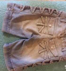 Джинсовые модные бриджи со стразами