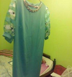 продаю платье почти новое