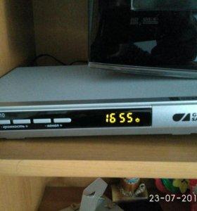 Ресивер триколор GS U510