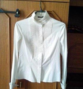 Рубашки, блузки белые...