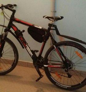 Велосипед Trek 4300 disc (21)