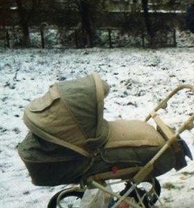 Коляска детская ...к ней люлька-переноска....сумка