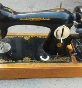 Швейная машинка(ОЧЕНЬ СРОЧНО!!!)