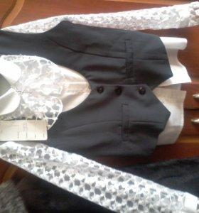 Жилет  Продан ,блузка 300 р.на р.134-140р.