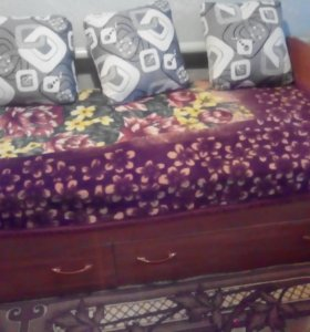 кровать 90*200. 2 шт.