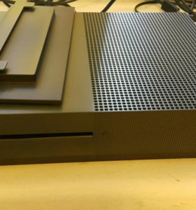 Xbox one s 1 TB BF1 Edition