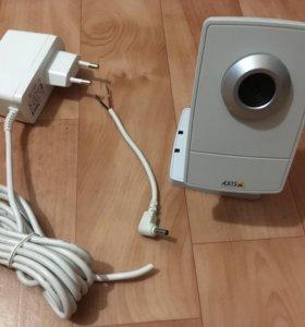 Видеокамера AXIS M1011