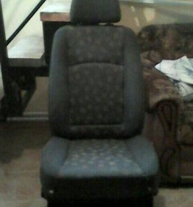 Передние сидения от мерседес вито