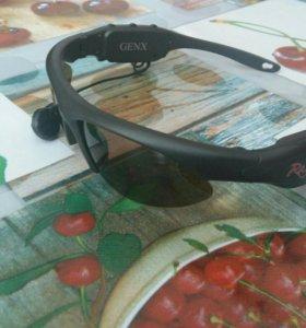 Очки с наушниками