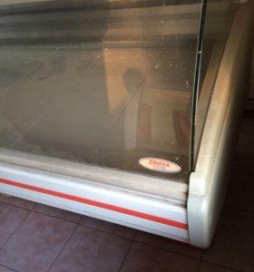 Холодильник витринный, полки