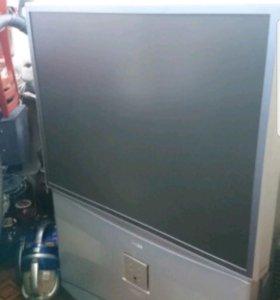 Проекторный телевизор Toshiba