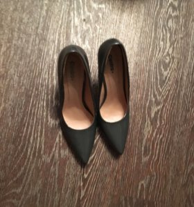 Лодочки на каблуке(р40)