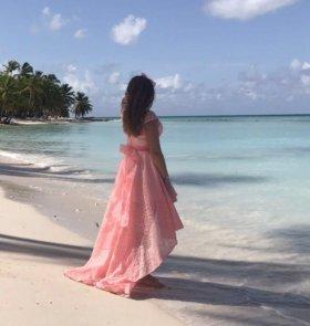 Нежно - розовое платье