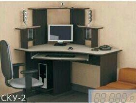 Угловой компьютерный стол 2
