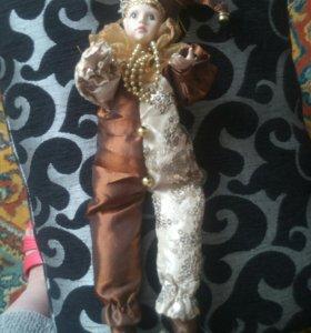 Кукла-петрушка.