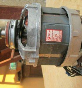 Двигатель от стирательной машины