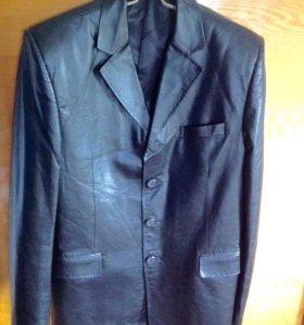 Пиджак кожа(натуральная) р-(52-54)