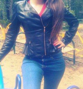 Куртка женская 42-44 размер