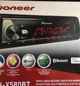 Продам магнитолу PIONEER MVH-X580BT