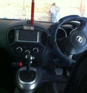 Машина нисан жук 2011 год