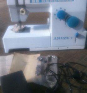 Швейная машина лянок -1