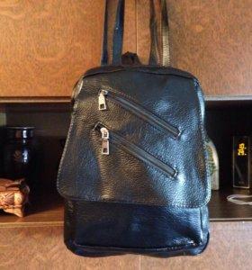 Рюкзак кожаный.