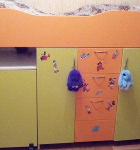 Продаю детскую мебель
