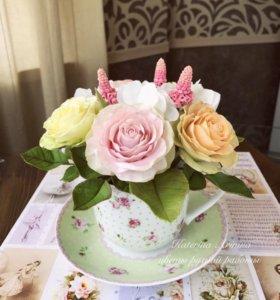 Букетик цветов из полимерной глины.