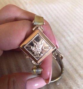 """Срочно!Золотые часы """"Ника"""" с бриллиантами"""