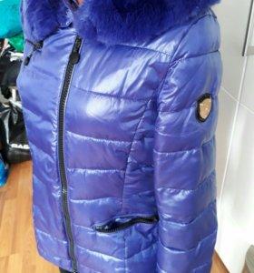 Куртка теплая демисезонная с капюшоном
