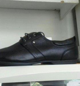 Натуральный коженый обувь