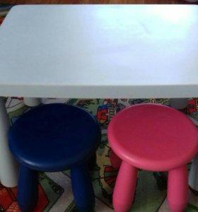 Стол и стульчики IKEA
