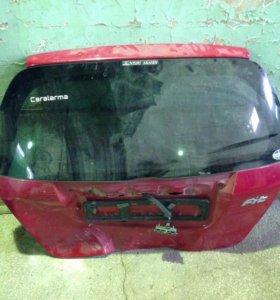 Крышка багажника хонда фит