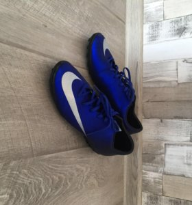 Футбольные сороконожки Nike CR7