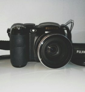 FujifilmFinePix S2800HD