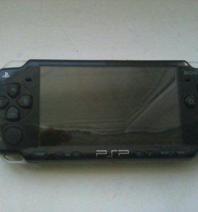 Приставка Sony в рабочим састояние флешка есть 2 G