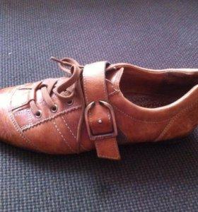 Новые Кроссовки кожаные Paul Green