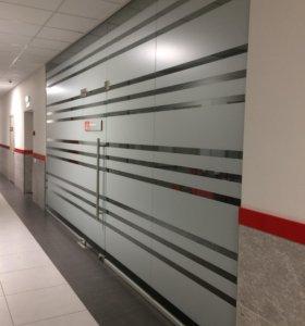 Двери, перегородки из стекла (сдвижные, распашные)