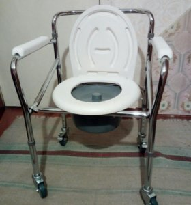 Кресло-туалет.