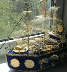 Корабль из конфет (букет из конфет )