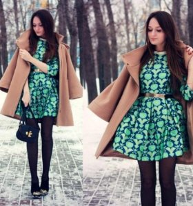 Платье с пышной юбкой и отложным воротником