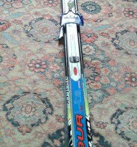 Продам лыжи 2000 .Ботинки 41размера 1500руб.
