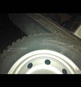 Новые зимние шины с дисками Мишлен 185/65 r14