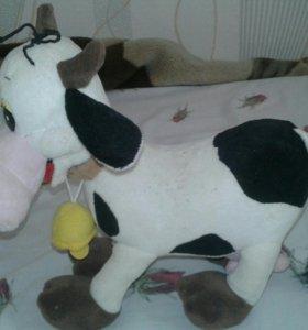 Игрушечная коровка