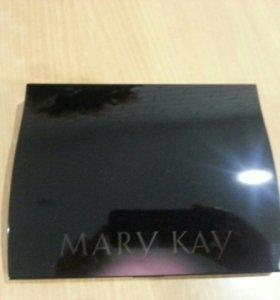 Большой футляр для декоративной косметики Mary Kay