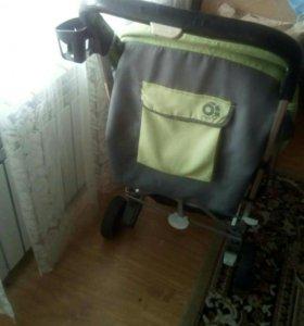 Продам летнюю прогулочную коляску