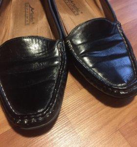 3 пары Обуви