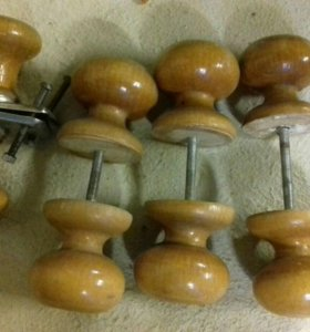 Дверные ручки из дерева